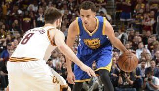 Curry, de récord en récord. Deja atrás a Reggie Miller en triples anotados en playoffs