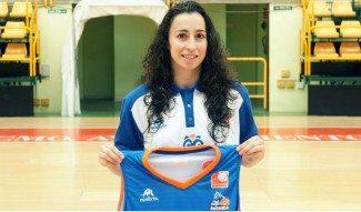 Silvia Domínguez regresa a Salamanca como capitana. «Sabía que iba a volver»