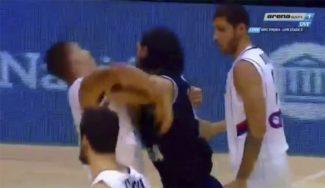 Tenso Argentina-Serbia: pique entre Jokic y Scola, póster de Raduljica a Nocioni (Vídeos)