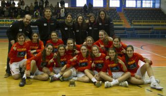La Sub-16 triunfa en Zamora: pleno de triunfos y campeona de forma arrolladora