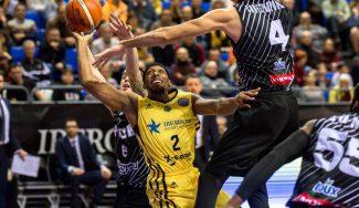 El Canarias bate al PAOK en la BCL: Akognon se estrena y acaba tocado