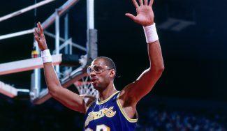 Abdul-Jabbar compara su traspaso a los Lakers con el de Anthony Davis