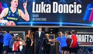 Luka Doncic, #3 del Draft y traspasado a los Dallas Mavericks