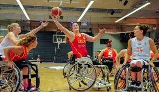 España debuta en el Mundial de BSR con derrota en categoría femenina