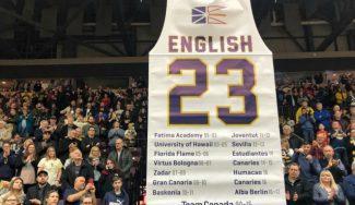 Uno de los días más emotivos del ex ACB Carl English. Retiran su camiseta (Vídeo)