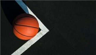El 'spacing' en el baloncesto: ¿Por qué en la NBA y en FIBA se defiende diferente?