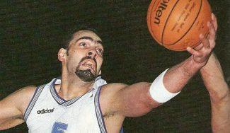 Imposible olvidar a Ramón Rivas: un 2,10 que brilló en la ACB tras jugar en los Celtics