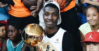 Chris Boucher: de vivir en la calle a ser dos veces campeón de la NBA