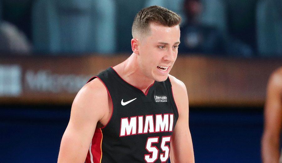 Los Heat se ponen 2-0 a ritmo del récord triplista de Duncan Robinson